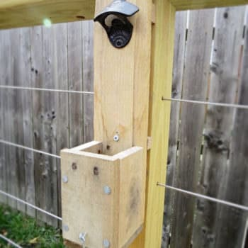 Party Ready Pallet Bottle Cap Catcher