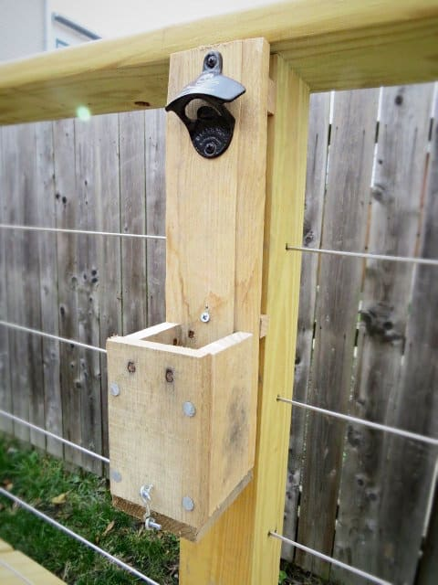 Pallet Bottle Cap Catcher1