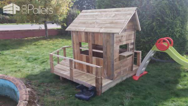Small Pallet Playhouse2