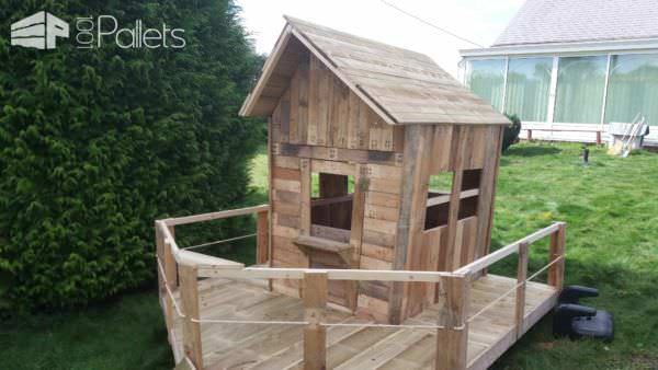 Small Pallet Playhouse4