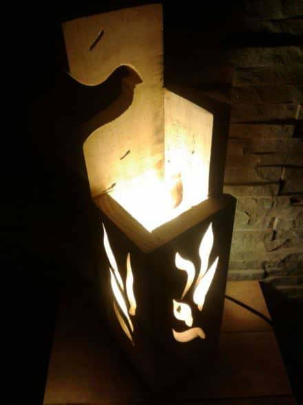 Stylish Jigsaw Pallet Wood Lamp