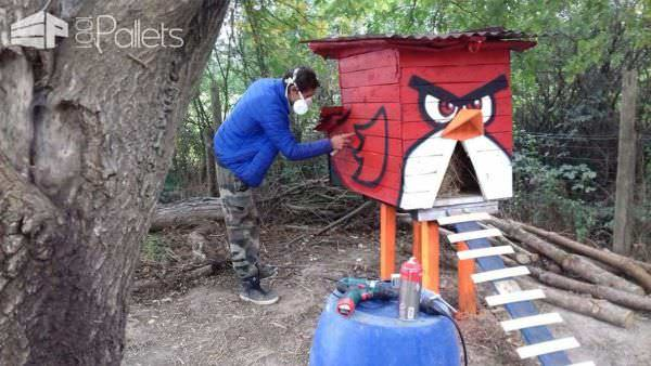 Terrific Angry Bird Chicken Coop/Poulailler Anti Renard Angry Birds Animal Pallet Houses & Pallet Supplies