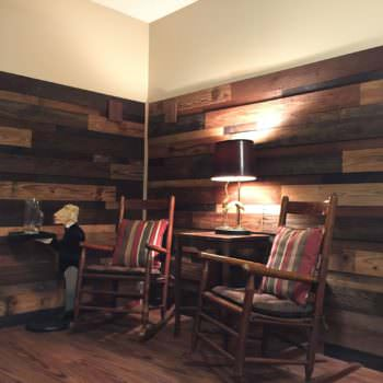 Transformed Faux Fireplace Into Cozy Pallet Reading Nook