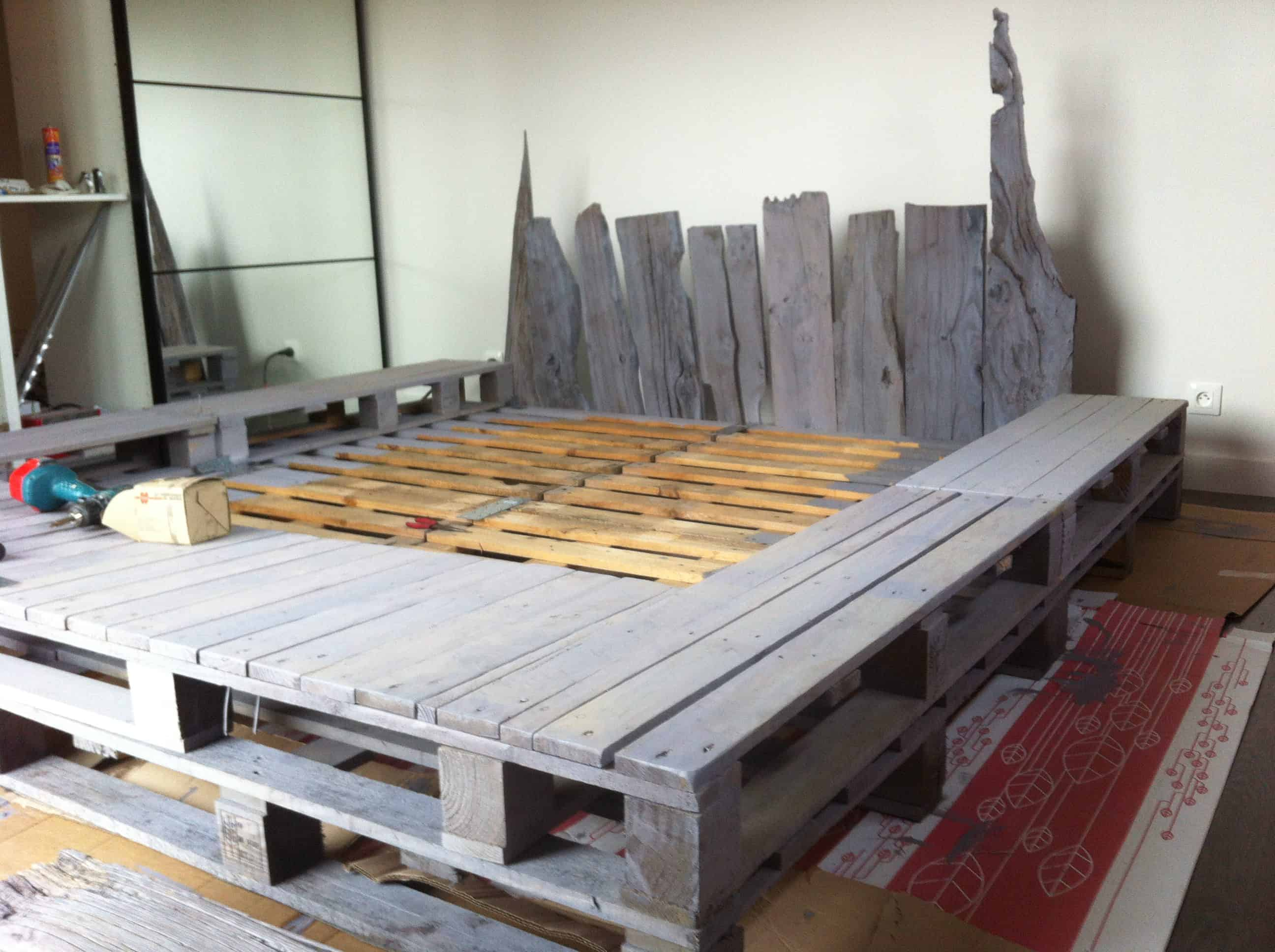 ... -becomes-headboard Pallet Bed • Pallet Ideas • 1001 Pallets