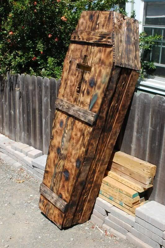 Wooden Pallet Halloween Decor Ideas 1001 Pallets