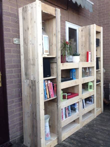 Beautiful Paired Pallet Shelves Entertainment Center