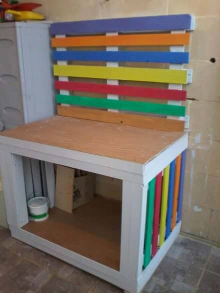 Cheery Pallet Potting / Craft Table