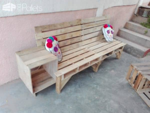 Cool Combo Pallet Outdoor Couch End Table Unit Other Pallet Projects