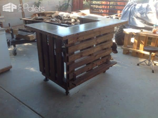 Custom Metal Topped Rustic Pallet Bar 1001 Pallets