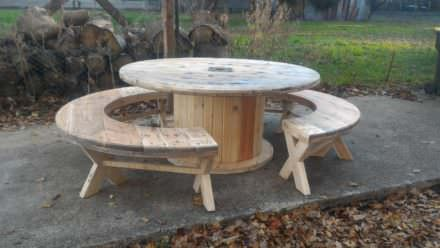 Drum Table Pallet Bench Set / Table Touret Et Ses Bancs