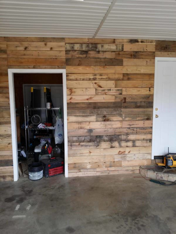 garage transformed into super pallet garage 1001 pallets