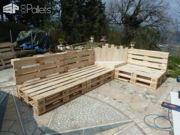Outdoor Pallet Sectional Set / Maxi Divano Fatto Con I Pallet Lounges & Garden SetsPallet Sofas & Couches