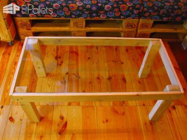 Glass-Topped Pallet Coffee Table3
