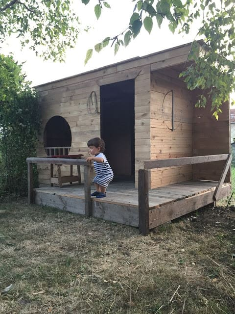 Round-window Kid's Pallet Playhouse Pallet Sheds, Pallet Cabins, Pallet Huts & Pallet Playhouses