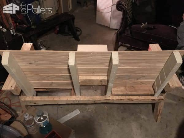Rustic Two-seater Couple's Pallet Bench Pallet Benches, Pallet Chairs & Stools