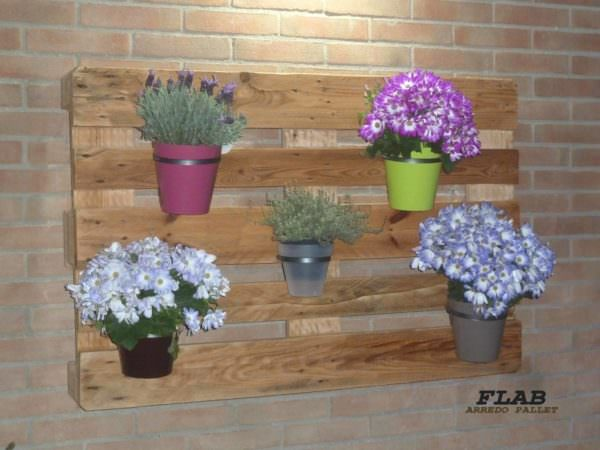 Simply Cute Pallet Hanging Planter / Fioriera Da Appeso Pallet Planters & Compost Bins