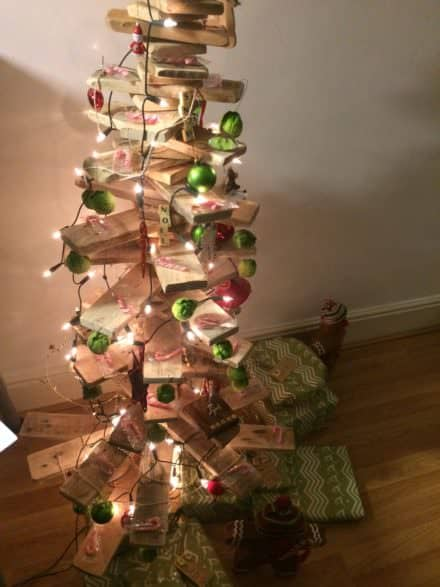 Abstract/Modern Scandinavian Pallet Christmas Tree