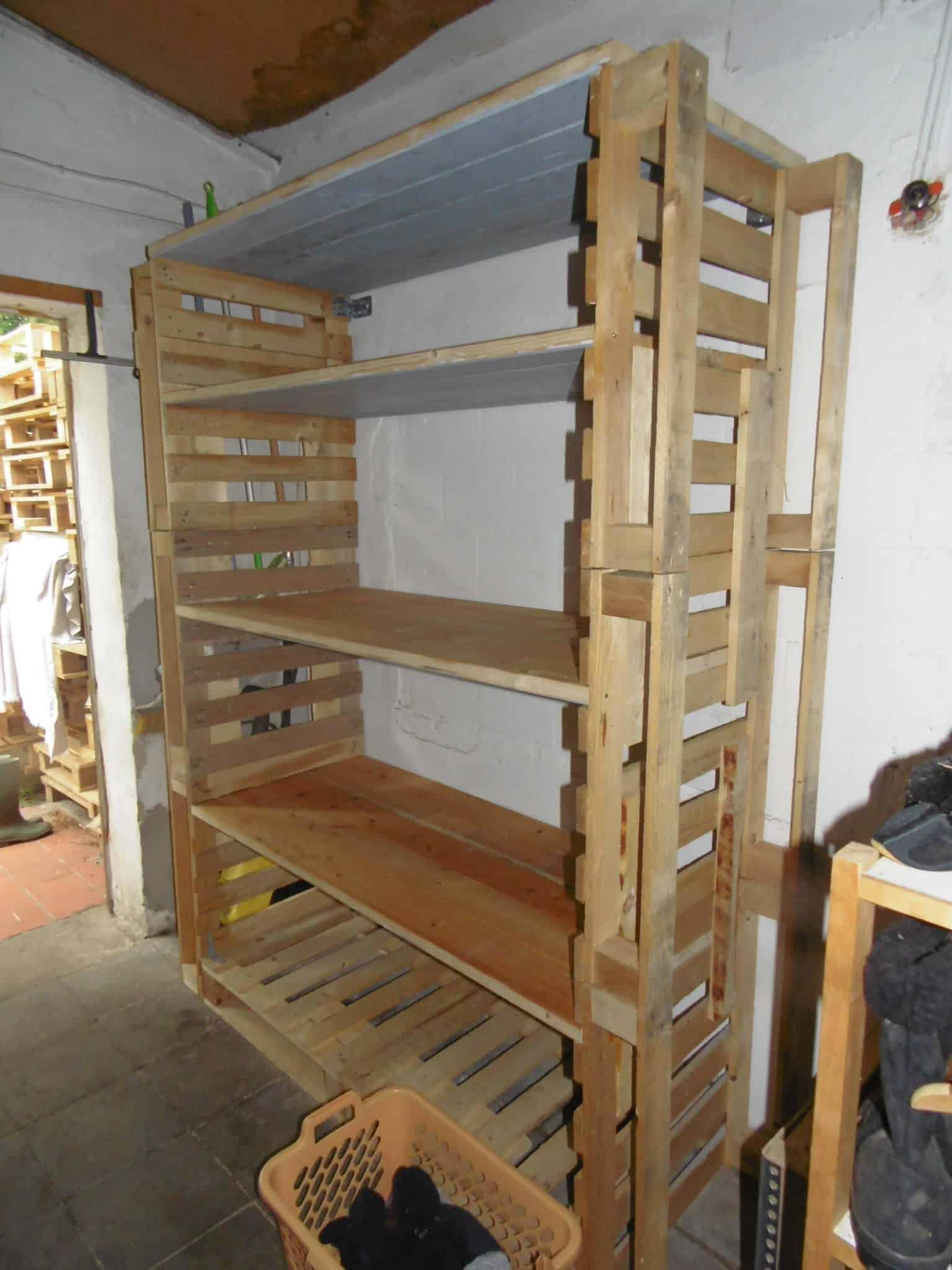 Shelves Made From Pallets Big Pallet Organization Rack For Scrap Wood O Pallet Ideas O 1001