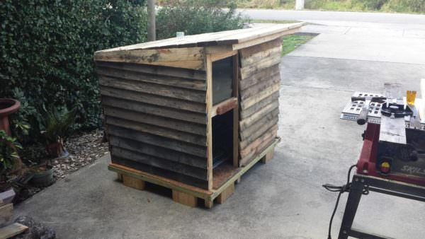 Deluxe Pallet Canine Cabin Any Dog Would Love! Animal Pallet Houses & Pallet Supplies Pallet Sheds, Cabins, Huts & Playhouses