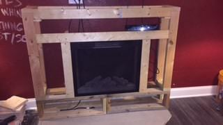 Pallet Living Room Wall/Fireplace Surround2