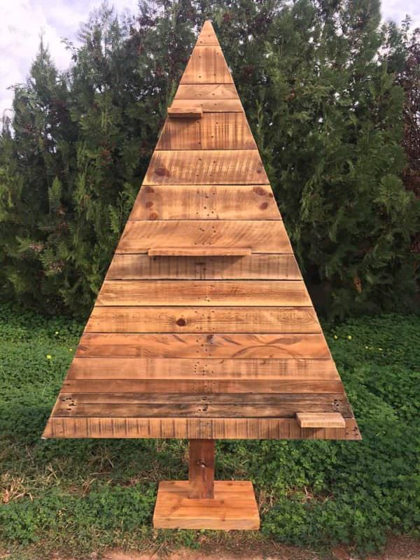 Pretty Pallet Christmas Tree Collection1
