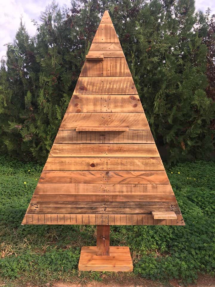 Christmas Tree Collection Gravesend : Pretty pallet christmas tree collection ideas