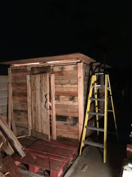 Small, Handy Pallet Storage Shed/Cabin