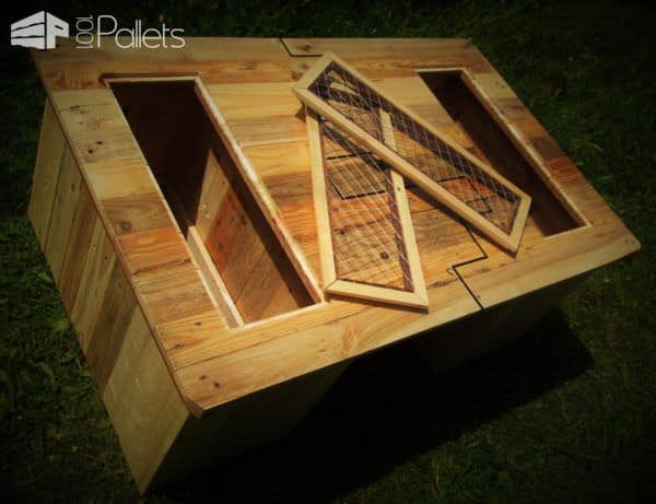 black inlay pallet coffee table table basse et ses coffres de rangement 1001 pallets. Black Bedroom Furniture Sets. Home Design Ideas