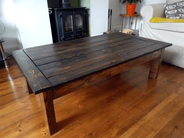 Dark Stained Pallet Coffee Table For 10$ Pallet Coffee Tables