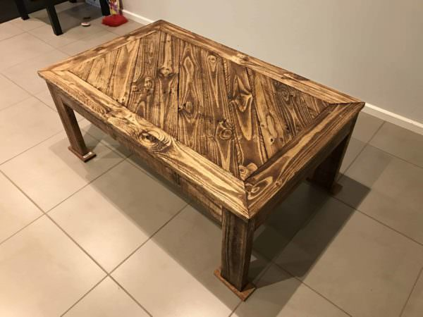 Angled Design Pallet Coffee Table1