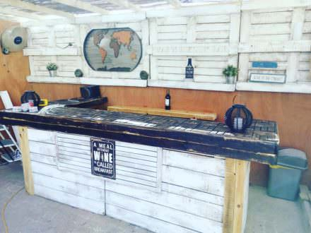Meal Without Wine Pallet Summer Bar Makes Relaxing Easy!