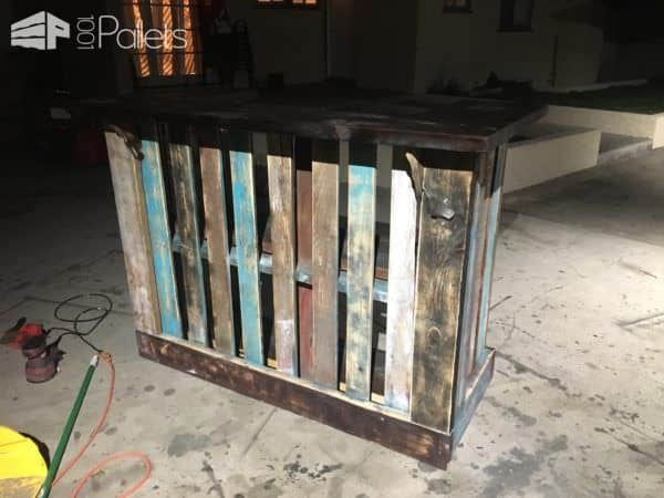 Must See Bar Inspiration: Many Reclaimed Pallet Wood Bars Pallet Bars