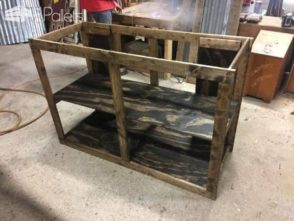 Sliding Barn Door Style Pallet TV Stand5