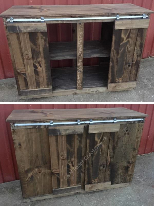 Sliding Barn Door Style Pallet TV Stand1
