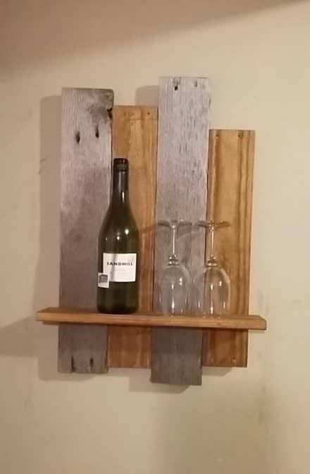 Uneven-height Mixed Tones Rustic Pallet Shelf