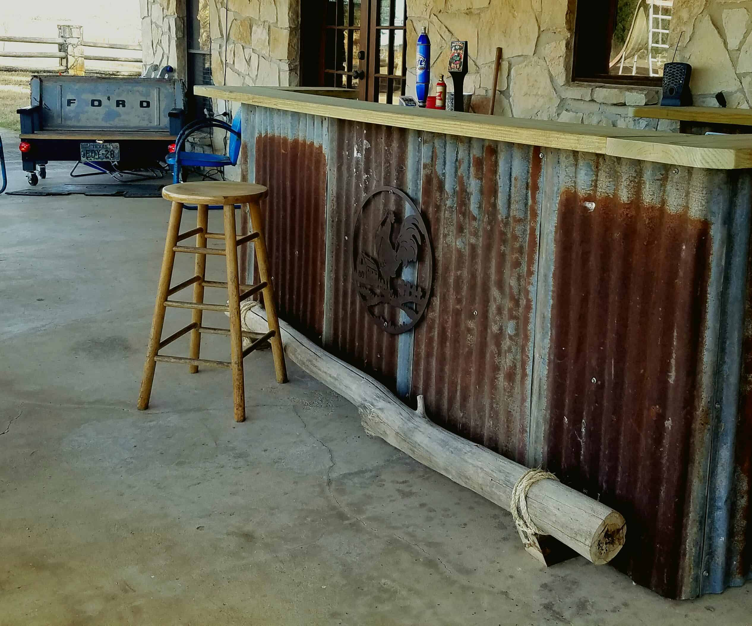 Country Western Saloon Pallet Backyard Bar • Pallet Ideas ...