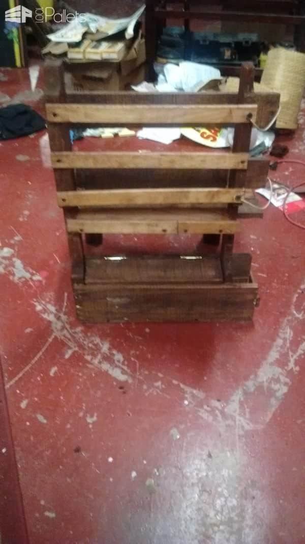 Handy Portable Pallet Gardening/Fishing Chair Pallet Benches, Pallet Chairs & Stools