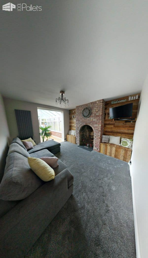 Feature Walls Using Pallets2