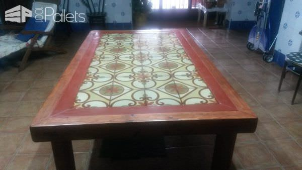 Pallet Wood Outdoor Table3