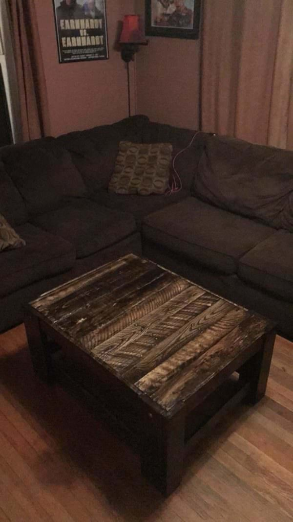 Rugged Centerpiece 20$ Pallet Coffee Table Pallet Coffee Tables Pallet Desks & Pallet Tables