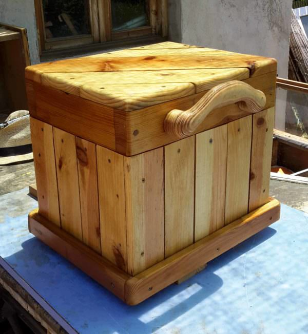 Diagonal-Topped Pallet Chest/Seat4