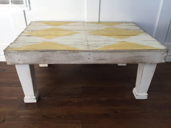 Diamond-Patterned Rustic Coffee Table3