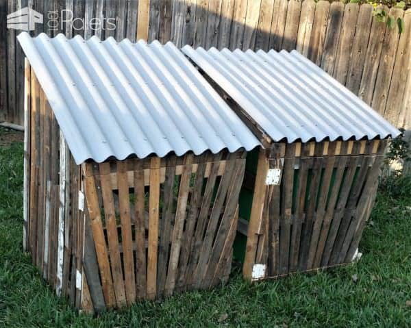 Gated Pallet Compost Bins6
