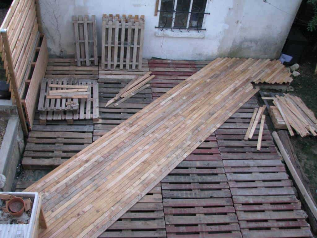 diy pdf tutorial pallet terrace deck 1001 pallets free. Black Bedroom Furniture Sets. Home Design Ideas