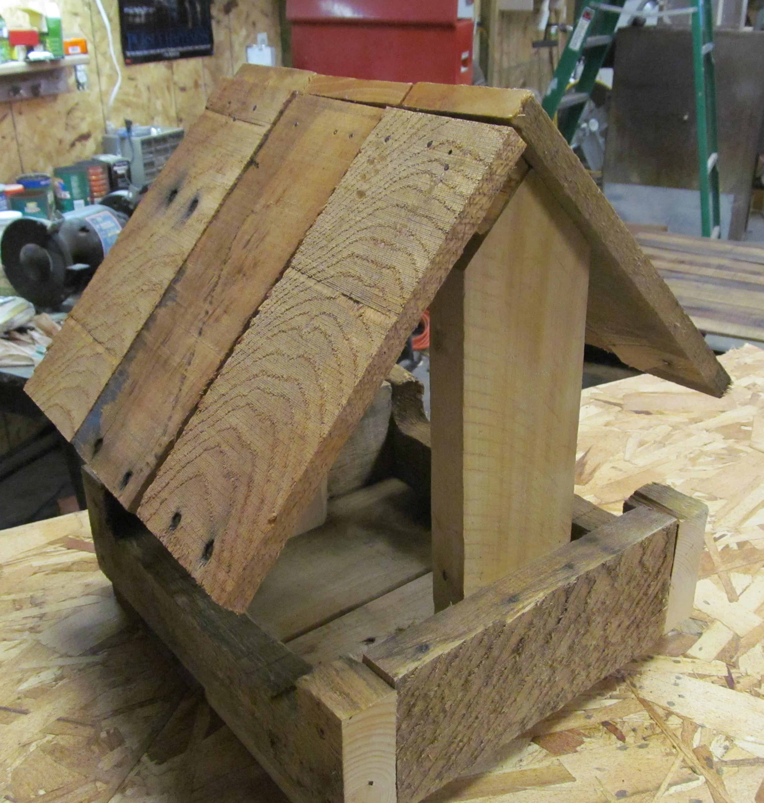 Pallet Wood Bird Feeder 1001 Pallets