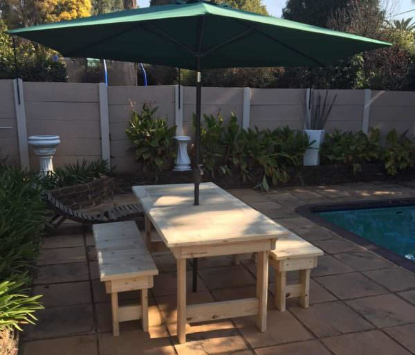 Patio Pallet Dining Table Set2