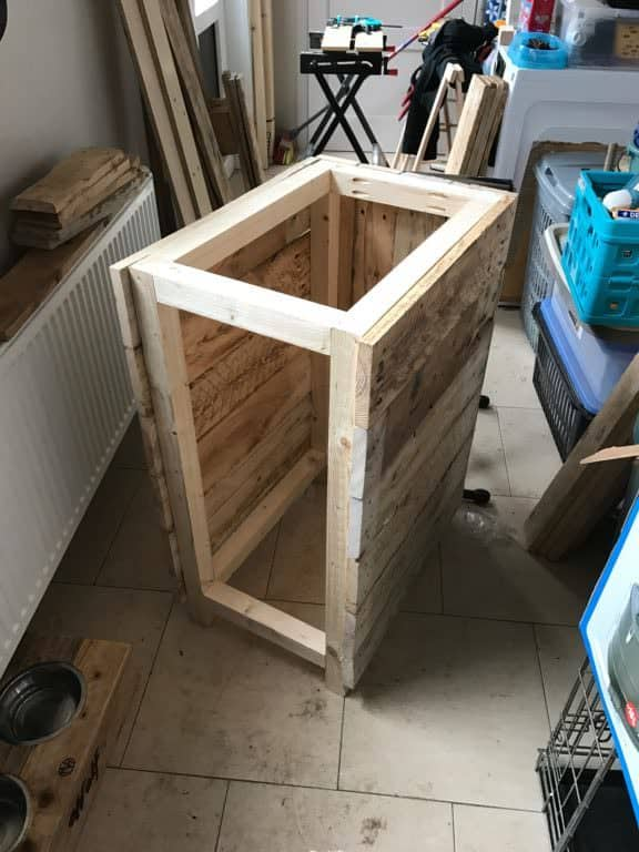 Tilt Out Pallet Garbage Bin for My Utility Room Pallet Cabinets & Wardrobes Pallet Home Accessories