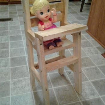 Baby Doll Pallet Highchair