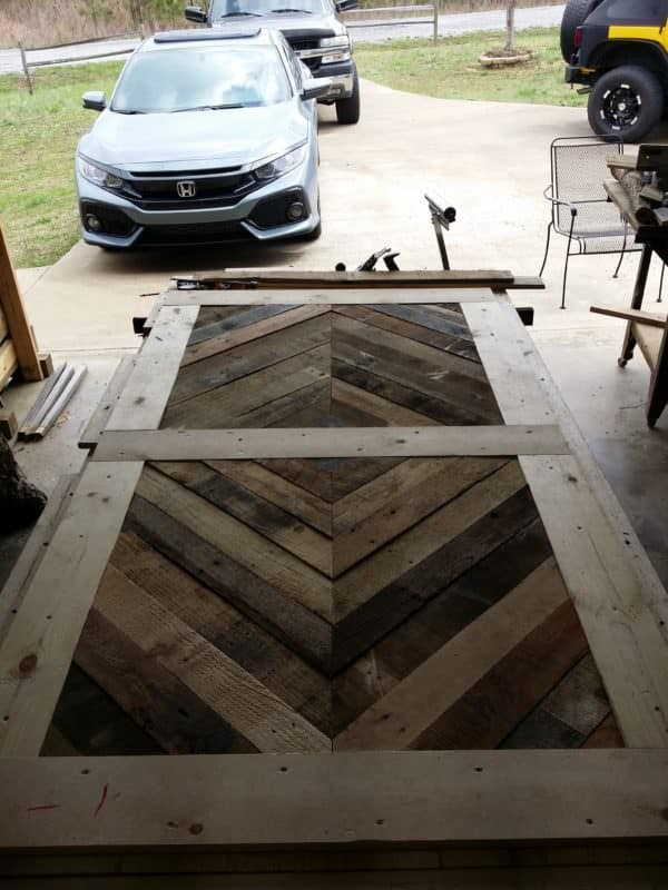 Diamond Pattern Pallet Barn Door 1001 Pallets
