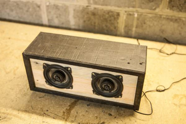 Diy Tutorial: Pallet Bluetooth Speaker Box / Enceinte Bluetooth En Palette Pallet Home Accessories